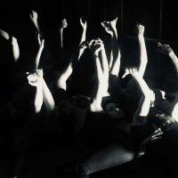 mas-alla-de-la-oscuridad-07